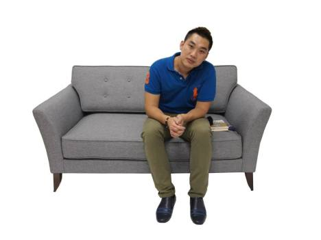 Life can look boring with nice furniture, hor?